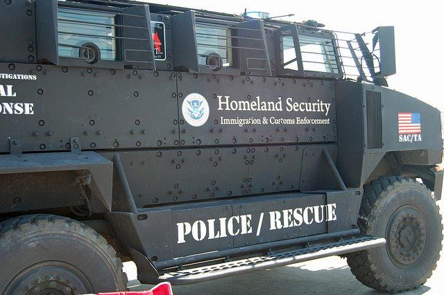 What are the MiliPolice Planning On Doing With These Heavily Armored Vehicles? image001%2046