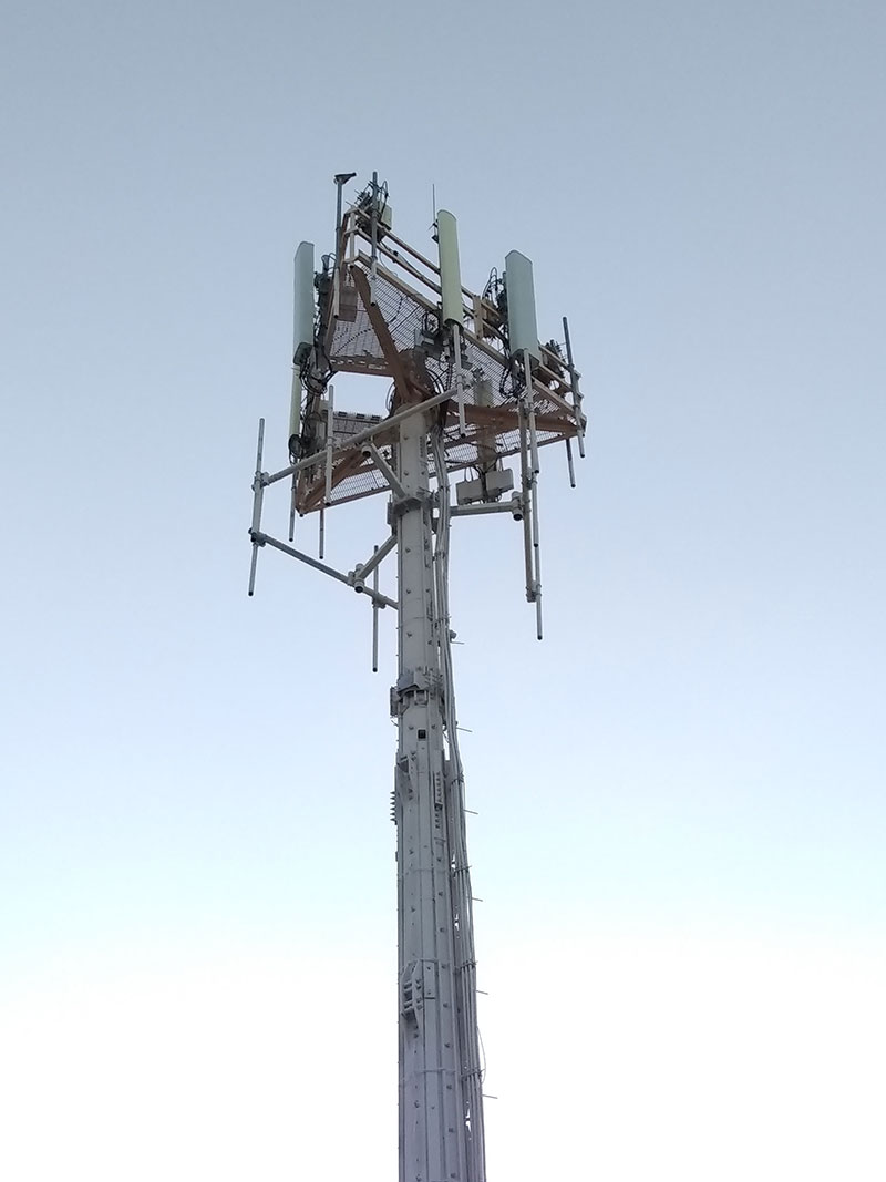 Photos of 5G Tower Broadcast Array Reflect HUGE Energy ...